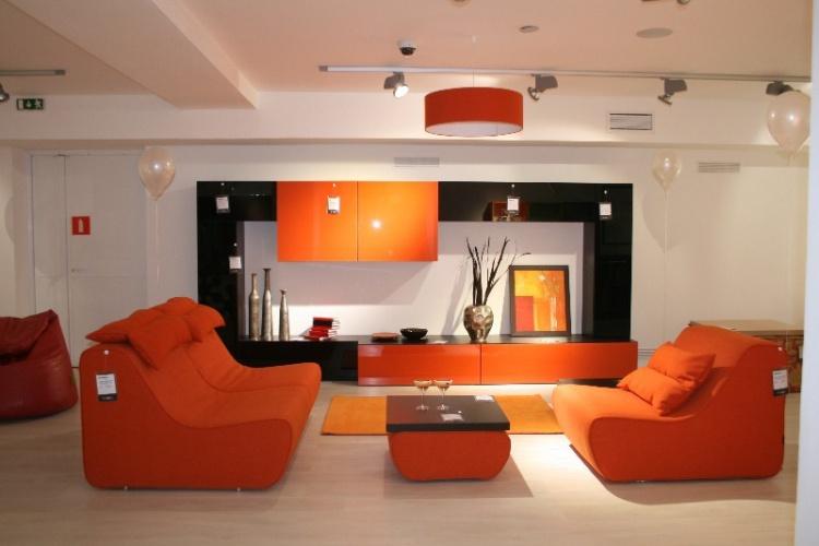 Гостиные, кабинеты в мебельном центре